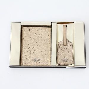 Coach Gift Set Passport Cover Luggage Tag Gold New